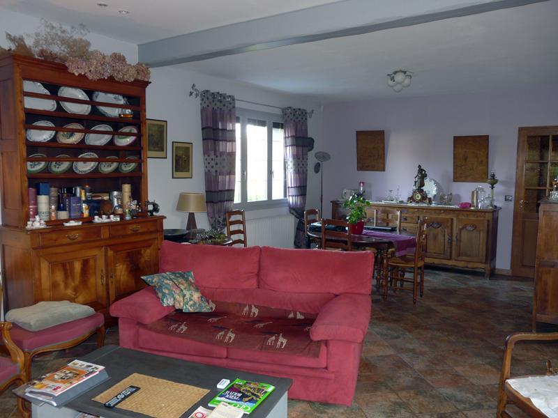 Maison 4 Chambres en Parfait Etat - Sur 1054 m² de Terrain