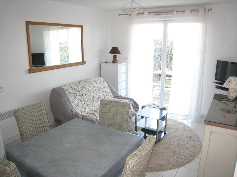 Appartement Type 2 Entièrement meublé - Avec Jardin et Parking